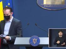 Florin Cîțu a plecat din conferința de presă când a fost întrebat de ce președintele Iohannis a promulgat legea care scapă evazioniștii de închisoare  /  Sursă foto: Captură Guvernul României