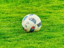Controversă după meciul FC Botoșani - FCSB / Imagine de Jan-Niklas Kö de la Pixabay