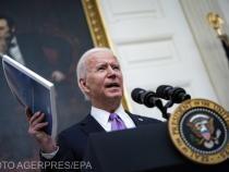 Senatul a adoptat, exclusiv cu voturile democraţilor, planul de relansare al lui Biden de 1.900 de miliarde de dolari