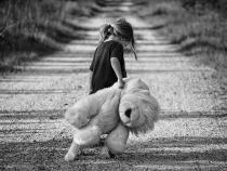 Un copil de 4 ani a fugit de la grădiniță, a mers prin noroi, iar educatoarea habar nu avea  /  Foto cu caracter ilustrativ: Pixabay