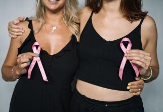 Foto cu caracter ilustrativ, cancer mamar - Fotografie creată de Anna Tarazevich, de la Pexels