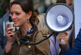 Copil de 14 ani, PIERDUT în mulțimea de la protestul din Capitală