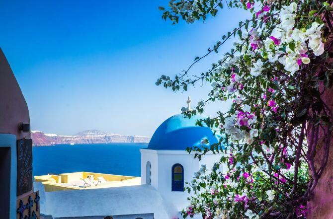 25 martie - Ziua Naţională a Greciei. Sofia Grammata: Grecii se disting prin patriotism. Trăim intens şi bucuria şi întristarea