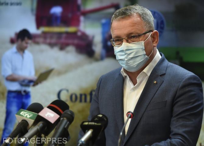 Adrian Oros, ministrul Agriculturii: Ajutorul Naţional Tranzitoriu sau subvenţia mică, cum spun fermierii va fi mai redus în 2021