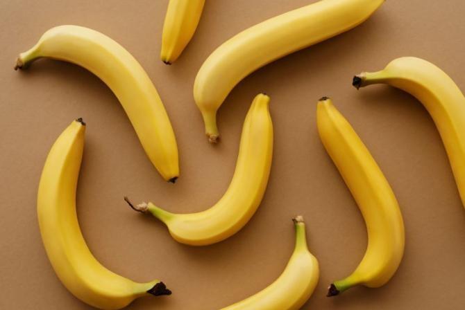Chec de post cu nuci și banane / Foto Pexels