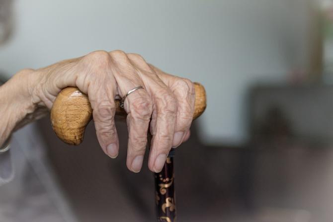 Bărbat de 72 de ani, anchetat pentru contrabandă / Imagine de Sabine van Erp de la Pixabay