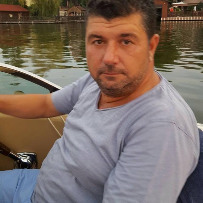 Bartolomeu Constantin Săvoiu, general de brigadă (în rezervă) al Armatei Române, a anunțat că fiul fostului şef al SRI, Marian Măgureanu, a murit. Marian Măgureanu avea 50 de ani.