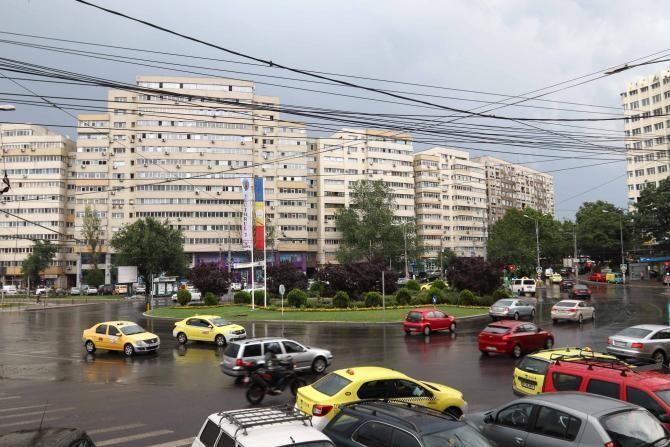 Bucureștiul rămâne în scenariul roșu.