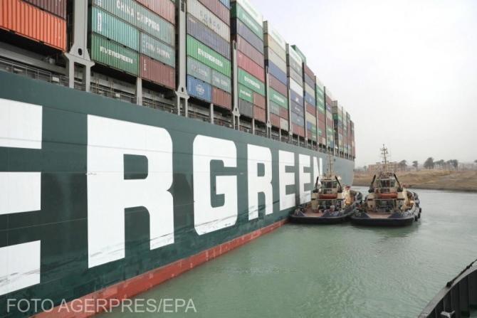 Celulă de criză la ANSVSA, pentru a gestiona situaţia generată de blocarea Canalului Suez şi a circulaţiei navelor de transport animale