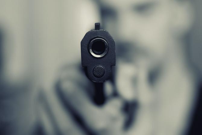 Pistol / Imagine de Marcus Trapp de la Pixabay