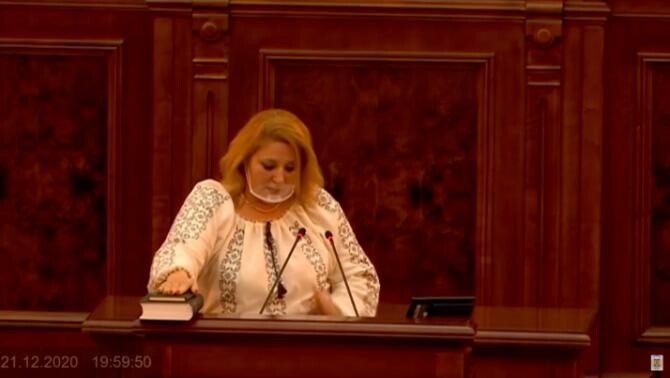 Diana Șoșoacă / Captură privesc.eu