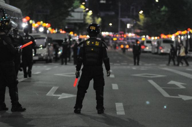 Fake news în mediul online. Jandarmeria dezminte că protestatarul minor bătut de forțele de ordine la Brăila ar fi murit  /  Foto cu caracter ilustrativ: Pixabay