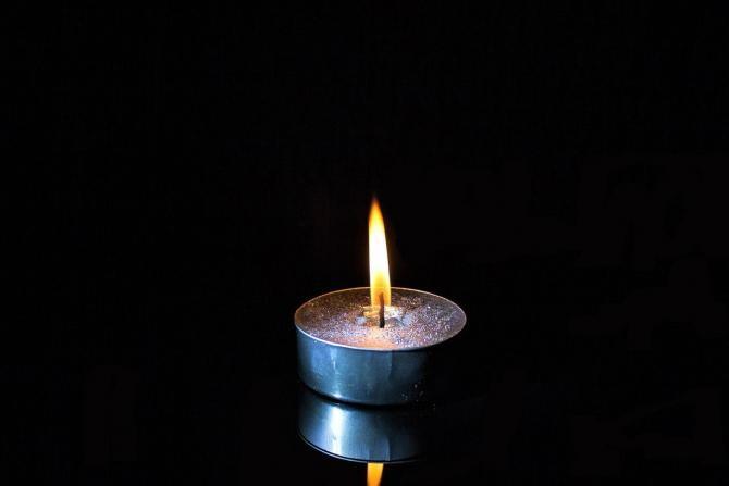 O copilă a murit intoxicată cu monoxid de carbon, în Vâlcea / Imagine de 5598375 de la Pixabay