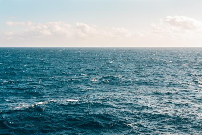Mihălcioiu (SLN): Cargoul scufundat în Marea Neagră - vechi de 48 de ani;transporta cărbune din Rusia în portul Constanţa. Foto ilustrativ: Kellie Churchman - Pexels