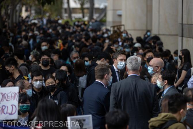 Hong Kong-ul, acaparat de protestatari pro-democrație