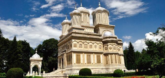 Mănăstirea Curtea de Argeș, sursă foto: Primăria Curtea de Argeș