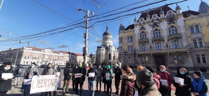 PROTEST la Cluj-Napoca împotriva restricțiilor și a vaccinării obligatorii