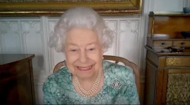 Regina Elisabeta a II-a a Marii Britanii / Sursă foto: arhivă / captură video eveniment științific/ Sky News