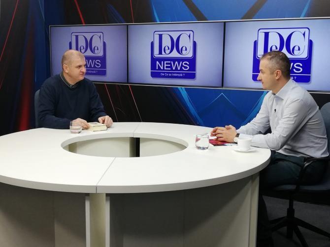 Sâmbătă, 6 martie, începând cu ora 16.00, criticul literar Daniel Cristea-Enache și scriitorul Flaviu George Predescu vor dialoga într-o nouă întâlnire literară