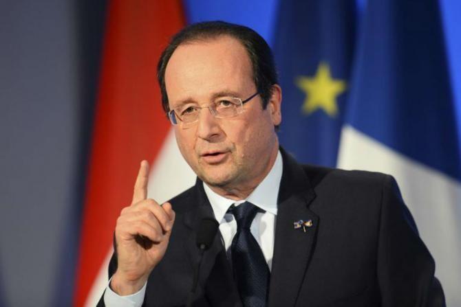 Sarkozy, condamnat la 3 ani de închisoare. François Hollande 'nu acceptă atacurile repetate împotriva justiţiei'