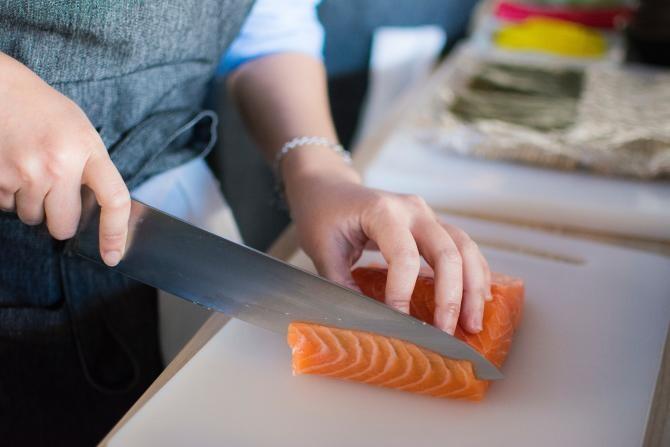 Somon, dezlegare la pește / Sursa foto: Fotografie creată de Huy Phan, de la Pexels