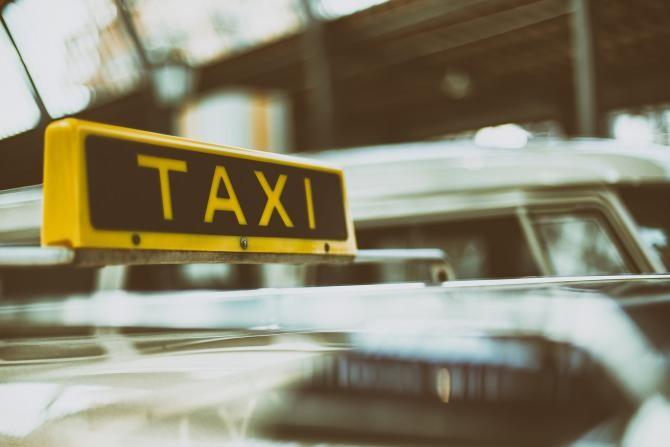 Un taximetrist și-a tâlhărit clientul. Acesta a fost reținut  /  Foto cu caracter ilustrativ: Pixabay