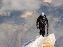 Alpinistul orădean Csaba Varga va porni o expediție pe vârful Everest  /  Sursă foto: Pixbay