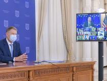 Asociațiile de elevi protestează. Colet surpriză, trimis președintelui Klaus Iohannis  /  Sursa: Administraţia Prezidenţială