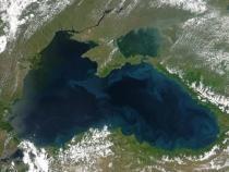 Exerciții la Marea Neagră. Artileria a declanșat o ploaie de foc asupra unor ținte navale
