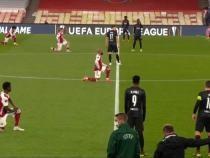 Slavia Praga, echipa lui Stanciu, nu a îngenuncheat în semn de susținere pentru mișcarea BLM în meciul cu Arsenal / Foto Facebook Чемпионат