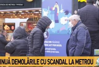 O nouă zi de demolări la metrou. Comercianții s-au strâns la stația Pipera  /  Sursă foto: Captură Antena 3