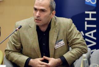 Criză citostatice. Bogdan Tănase, managerul Institutului Oncologic, amenințări la adresa fostei conduceri. Gâdea: Doamna doctor a fost terorizată