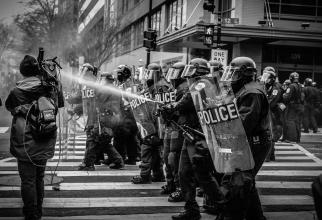 Manifestație anti-restricții la Berlin, dispersată cu gaze lacrimogene de poliție / Foto cu caracter ilustrativ: Pixabay