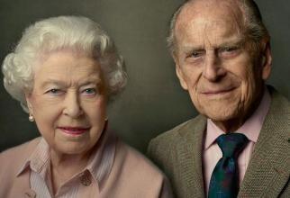 Regina Elisabeta, 95 de ani. Prima aniversare departe de Prințul Philip, a cărui moarte afectează tradițiile Familiei Regale