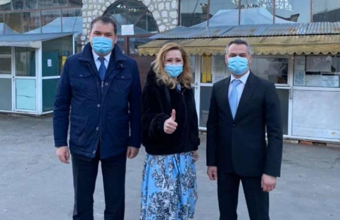Primărița Elena Lasconi l-a primit pe ministrul Cseke Atilla la Câmpulung  /  Sursă foto: Facebook Elena Lasconi