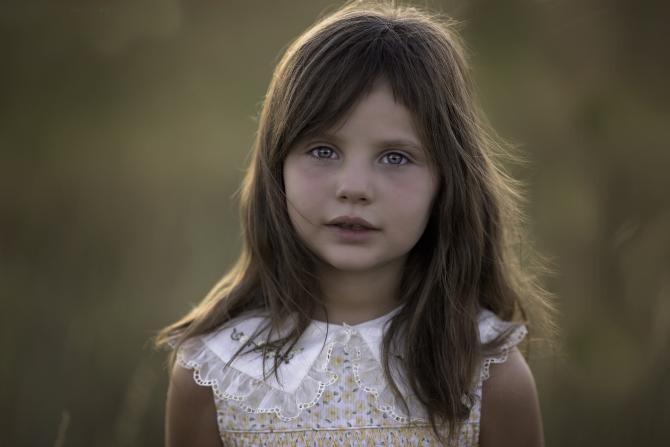 O fetiță de 9 ani a fost felicitată de STS: Cei șapte ani de acasă și educația civică au determinat-o să facă acest gest  /  Foto cu caracter ilustrativ: Pixabay
