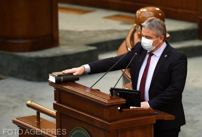 Florian Bodog, audiat luni în Comisia juridică din Senat, în cazul cererii DNA pentru începerea urmăririi penale