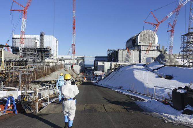 Circa 1,25 milioane de tone de apă contaminată sunt stocate în prezent în mai mult de o mie de cisterne în apropierea centralei nucleare