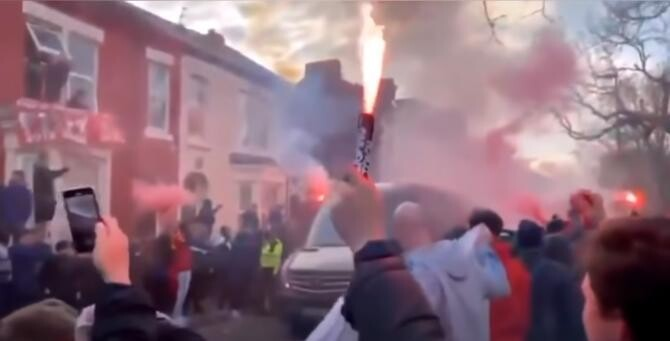 Liverpool - Real Madrid. Fanii 'cormoranilor' au atacat autocarul 'galacticilor'