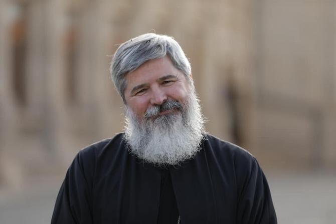 Părintele Vasile Ioana despre Arhimandritul Efrem