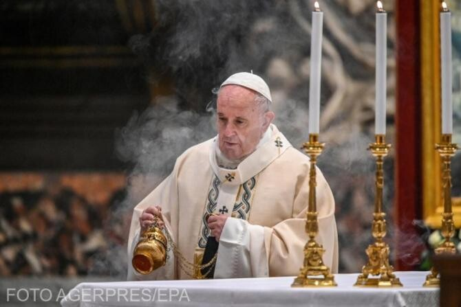 Paște catolic 2021. Papa Francisc a oficiat slujba din Joia Mare în bazilica Sfântul Petru - Video