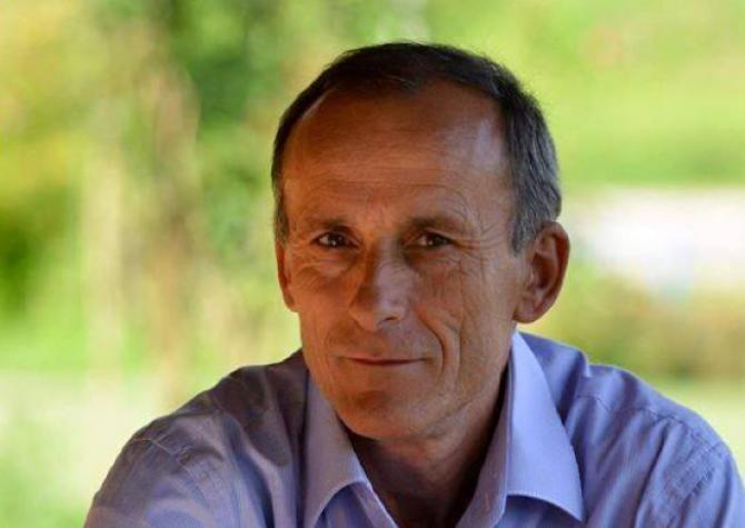 """Primarul găsit împușcat în cap demisionase din funcție: """"Aceste probleme îmi făceau imposibilă desfășurarea activității""""  /  Sursă foto: Facebook Emanuel Dănilă"""