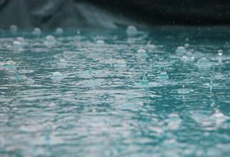 ANM, atenționări meteo de vreme rea și pericol de inundații pe mai multe râuri