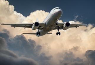 Avion / foto: pexeles.com