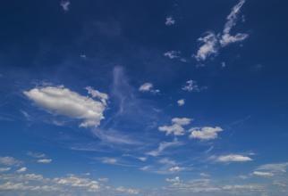 Cum s-a văzut racheta chineză când a traversat cerul Romei / foto în articol