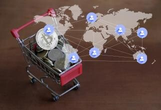 FMI / FOTO: Rainer Puster / https://scop.io/products/illustration-of-world-map-connection-and-small-trolley-with-coins-and-bitcoin-on-top?variant=39663343665329