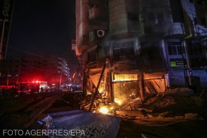 Incendiu după un atac aerian al aviației israeliene în Gaza