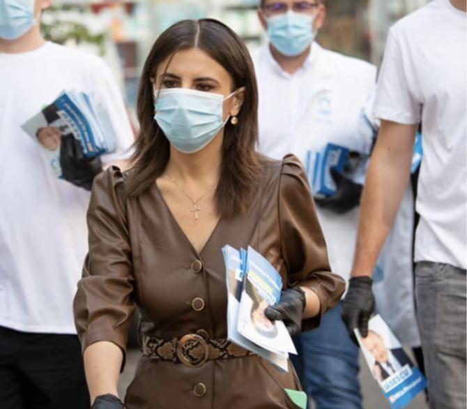 Alegeri Bragadiru. Ioana Constantin îndeamnă oamenii să o voteze pe Teodora Desagă