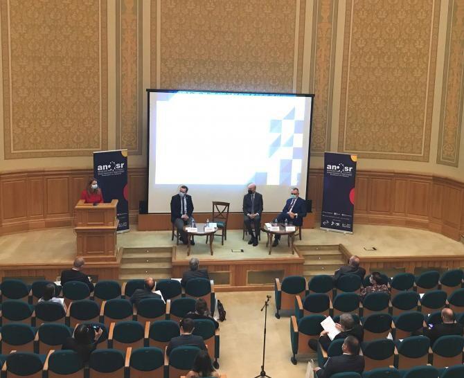 Conferință la BCU Carol I