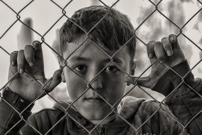 Copil din Neamț, ținut captiv. Foto ilustrativ Pixabay